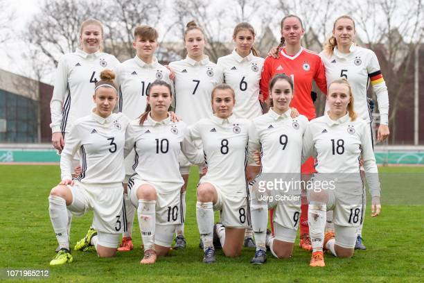 Players of Germany pose for a picture during the U17 Girl's international friendly match between Germany and Netherlands at the Sportpark on December...