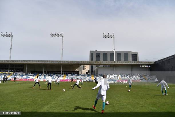 Players of Germany warmup ahead of the UEFA Elite Round match between Norway U19 and Germany U19 at Hrvatski Vitezovi Stadium on March 26 2019 in...
