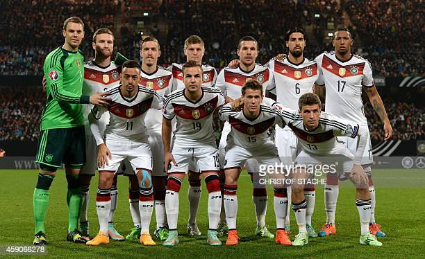 Players of Germany's national football team pose prior to the UEFA 2016 European Championship qualifying round Group D football match Germany vs...