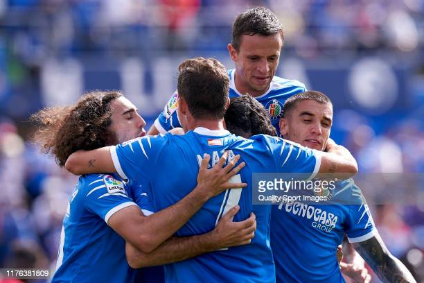 Players of Getafe CF celebrate2 second goal of the team during the La Liga match between Getafe CF and RCD Mallorca at Coliseum Alfonso Perez on...