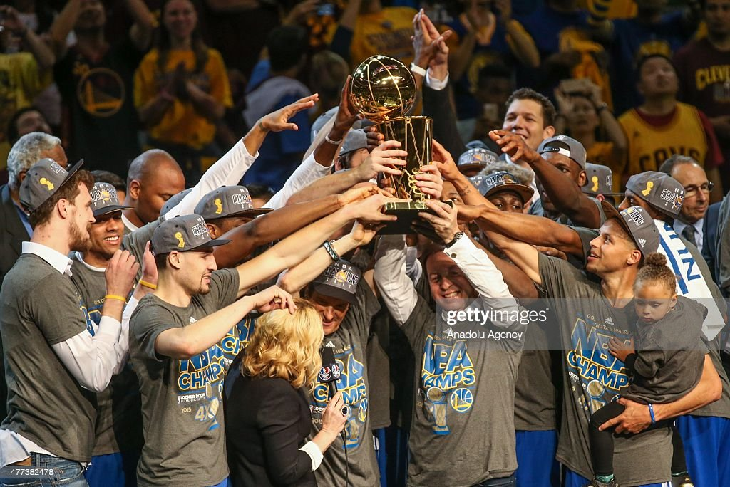 Golden State Warriors win NBA championship : News Photo