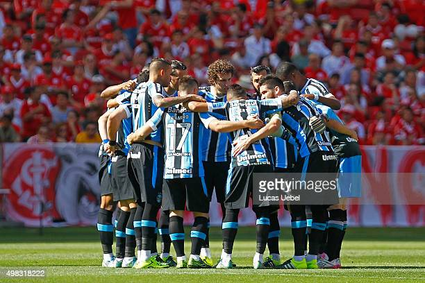 Players of Gremio before the match Internacional and Gremio as part of  Brasileirao Series A 2015 53f9022f08f49