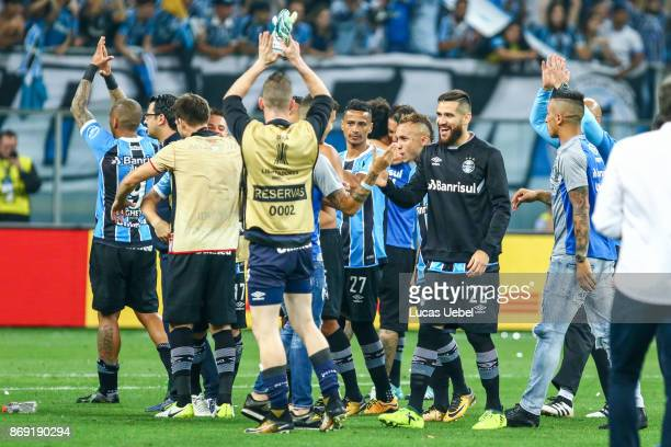 Players of Gremio celebrate after winning against Barcelona de Guayaquil part of Copa Bridgestone Libertadores 2017 SemiFinals at Arena do Gremio on...