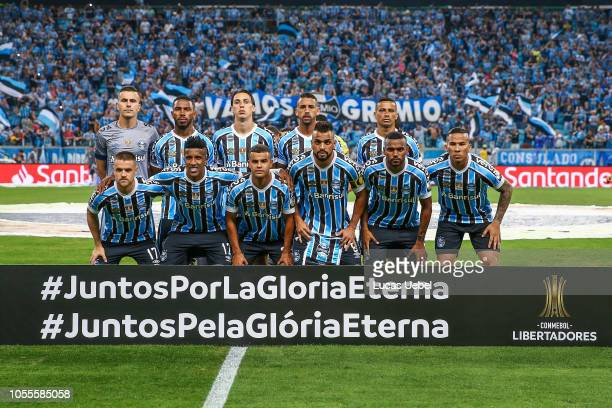 Players of Gremio pose before the start of their Copa Conmebol Libertadores 2018 semifinal second leg football match against Argentinas's River Plate...
