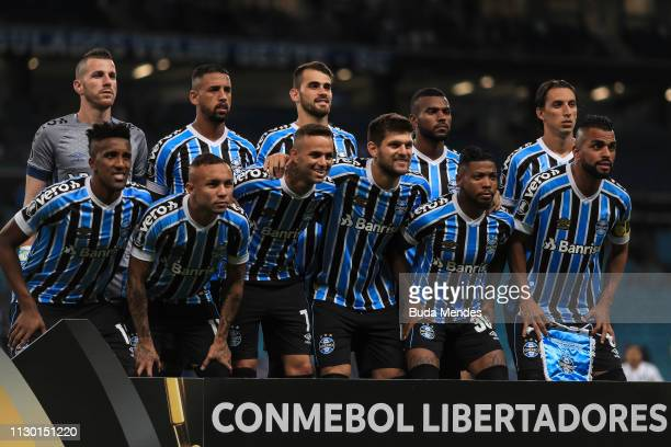 Players of Gremio pose for photographers before a match between Gremio and Libertad as part of Copa CONMEBOL Libertadores 2019 at Arena do Gremio on...