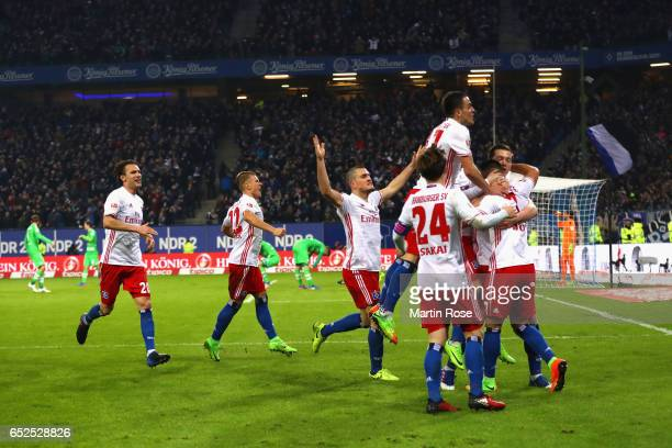 Players of Hamburg celebrate the 2ndt team goal during the Bundesliga match between Hamburger SV and Borussia Moenchengladbach at Volksparkstadion on...