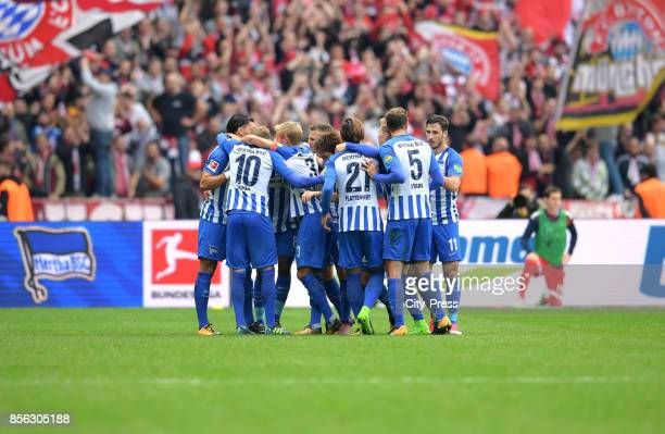 Players of Hertha BSC celebrate after scoring the 2:2 during the game between Hertha BSC and FC Bayern Muenchen on october 1, 2017 in Berlin, Germany.