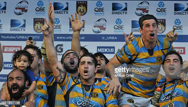 Players of Hindu Club celebrate after winning the final match between CUBA and Hindu Club as part of URBA Top 14 at CASI Club on October 25, 2014 in...