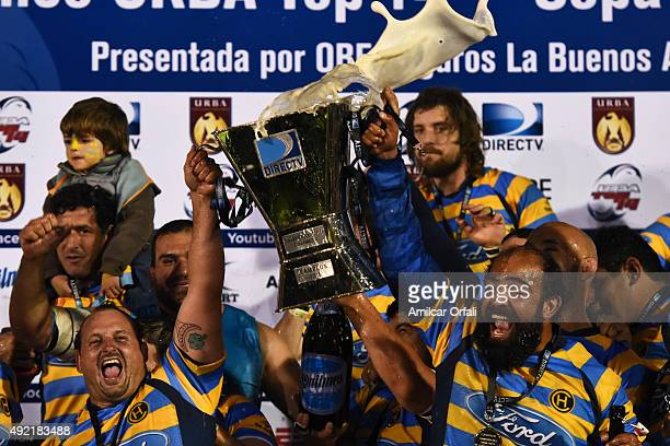 Players of Hindu Club celebrate after winning the final match between CUBA and Hindu Club as part of URBA Top 14 at La Plata Rugby Club on October...