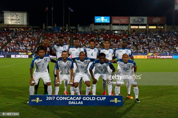 Players of Honduras pose for a team photo prior to the CONCACAF Gold Cup Group A match between Canada and Honduras at Toyota Stadium on July 14 2017...