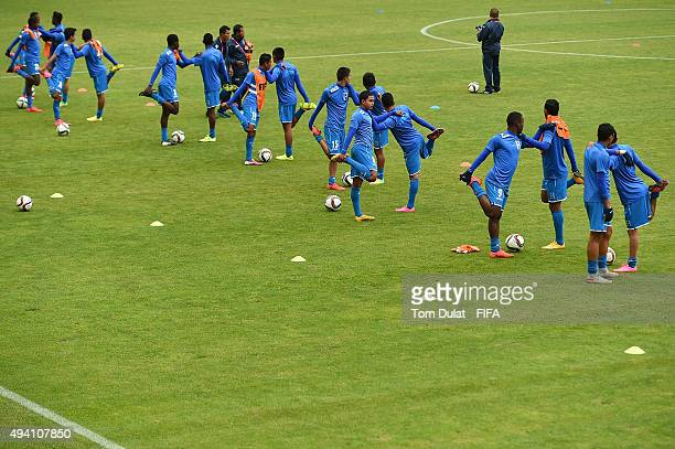 Players of Honduras warm up prior to the FIFA U17 World Cup Chile 2015 Group D match between Mali and Honduras at Estadio Nelson Oyarzun Arenas on...