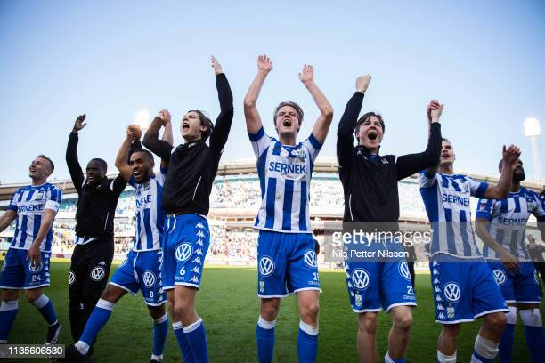 Players of IFK Goteborg celebrates after the victory during the Allsvenskan match between IFK Goteborg and IF Elfsborg at Ullevi on April 7, 2019 in...