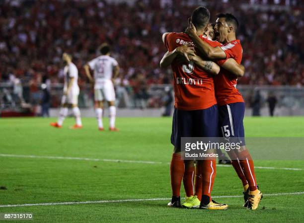 Players of Independiente celebrate during the first leg of the Copa Sudamericana 2017 final between Independiente and Flamengo at Estadio...