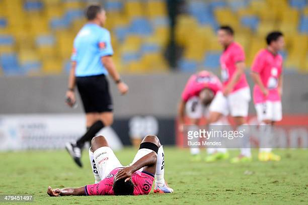 Players of Independiente del Valle lament lost the match during a match between Botafogo and Independiente del Valle as part of Copa Bridgestone...