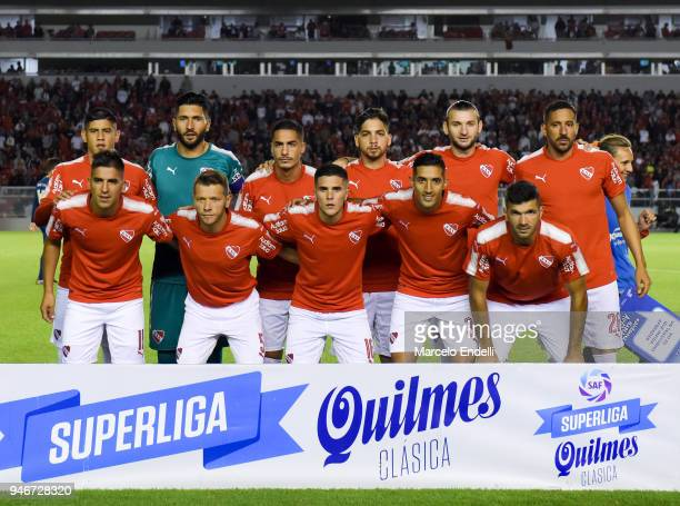 Players of Independiente pose prior the match between Independiente and Boca Juniors as part of Superliga 2017/18 at Libertadores de America Stadium...