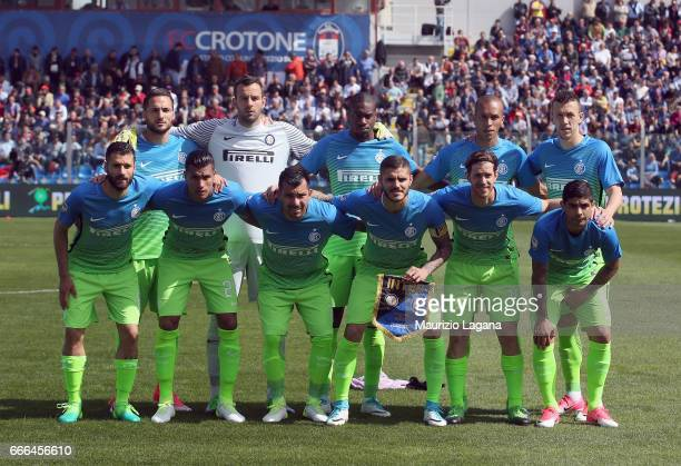 Players of Inter pose for photo prior during the Serie A match between FC Crotone and FC Internazionale at Stadio Comunale Ezio Scida on April 9 2017...