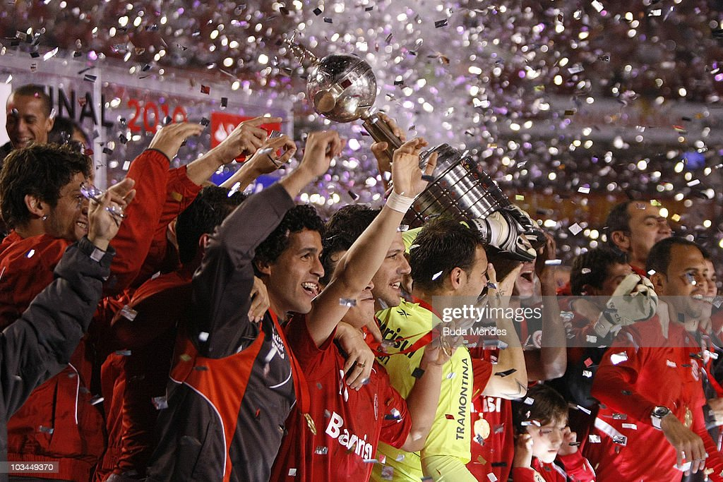Players of Internacional celebrate the championship title after a final match against Chivas as part of the 2010 Copa Santander Libertadores at Beira Rio Stadium on August 18, 2010 in Porto Alegre, Brazil.