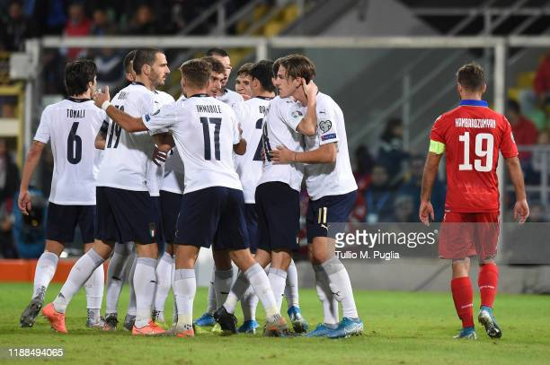 Players of Italy celebrate after a penalty during the UEFA Euro 2020 Qualifier between Italy and Armenia on November 18 2019 in Palermo Italy