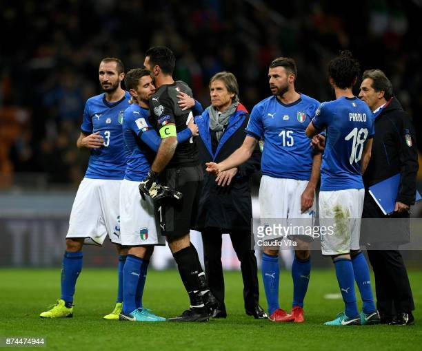 Players of Italy dejected at the end of the FIFA 2018 World Cup Qualifier PlayOff Second Leg between Italy and Sweden at San Siro Stadium on November...