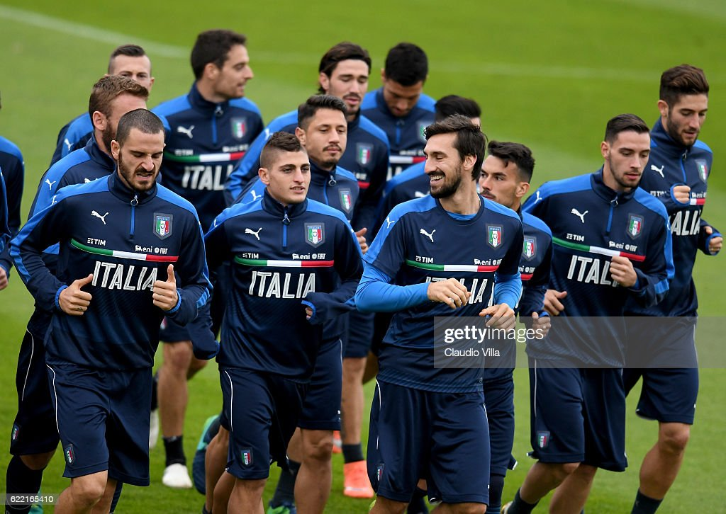 Players of Italy in action during the training session at the club's training ground at Coverciano on November 10, 2016 in Florence, Italy.