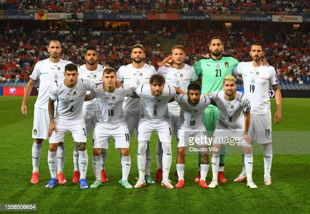 Players of Italy line up prior to the 2022 FIFA World Cup Qualifier match between Switzerland and Italy at St Jacob Park on September 05, 2021 in...