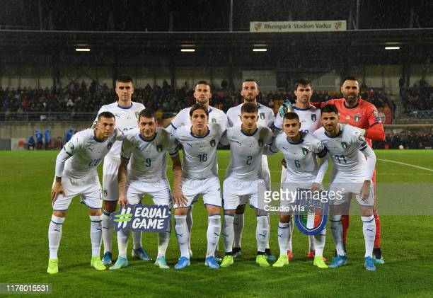 Players of Italy line up prior to the UEFA Euro 2020 qualifier between Liechtenstein and Italy on October 15, 2019 in Vaduz, Liechtenstein.