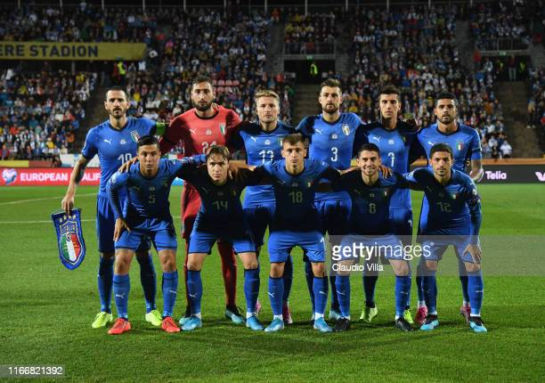 Players of Italy line up prior to the UEFA Euro 2020 qualifier between Italy and Finland at Tampere stadium on September 8, 2019 in Tampere, Finland.