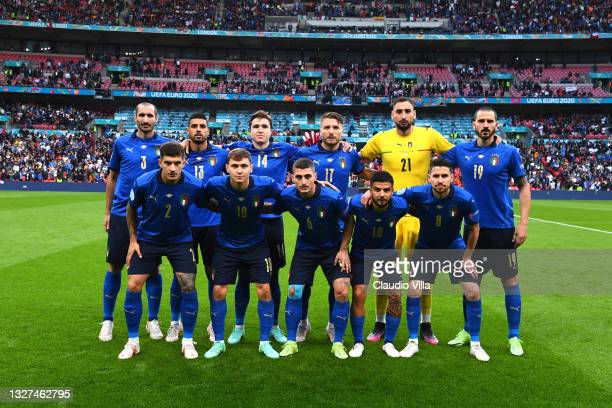 Players of Italy pose for a team photograph prior to the UEFA Euro 2020 Championship Semi-final match between Italy and Spain at Wembley Stadium on...