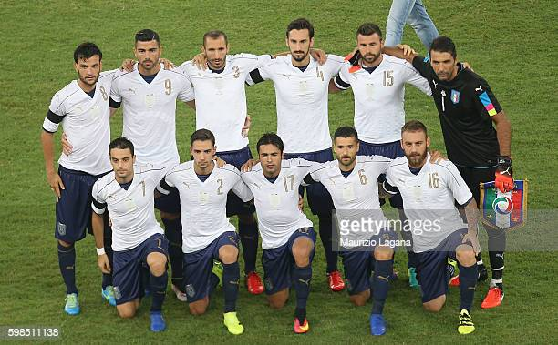 Players of Italy pose for photo prior the international friendly match between Italy and France at Stadio San Nicola on September 1 2016 in Bari Italy