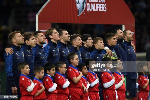 Players of Italy sing the National Anthem during the UEFA Euro 2020 Qualifier between Italy and Armenia on November 18 2019 in Palermo Italy