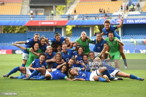 Players of Italy Women celebrate after winning the 2019 FIFA Women's World Cup France Round Of 16 match between Italy and China at Stade de la Mosson...