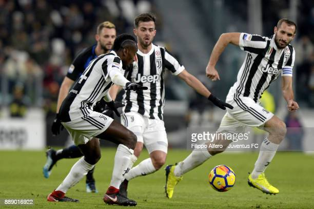 Players of Juventus Blaise Matuidi Miralem Pjanic and Giorgio Chiellini in action during the Serie A match between Juventus and FC Internazionale on...