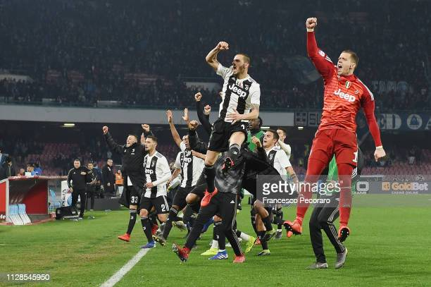 Players of Juventus celebrate the victory after the Serie A match between SSC Napoli and Juventus at Stadio San Paolo on March 3 2019 in Naples Italy