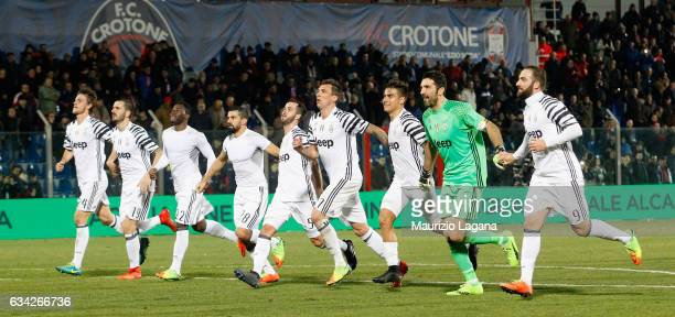 Players of Juventus celebrates after during the Serie A match between FC Crotone and Juventus FC at Stadio Comunale Ezio Scida on February 8 2017 in...