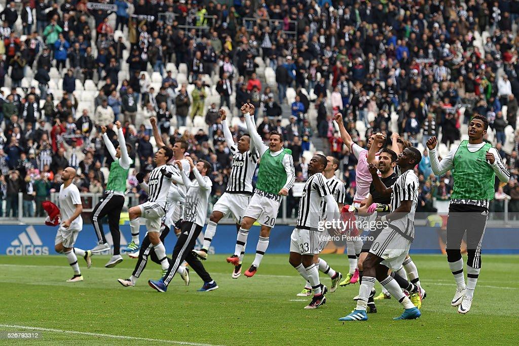 Juventus FC v Carpi FC - Serie A : ニュース写真