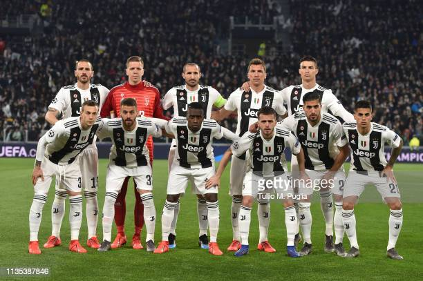Players of Juventus pose for a team shot during the UEFA Champions League Round of 16 Second Leg match between Juventus and Club de Atletico Madrid...