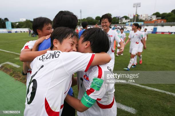 Players of Korea DPR celebrates the victory after the FIFA U-17 Women's World Cup Uruguay 2018 group C match between USA and Korea DPR at Estadio...