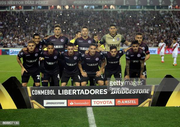 Players of Lanus pose for a photo prior a second leg match between Lanus and River Plate as part of the semifinals of Copa CONMEBOL Libertadores...