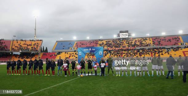 Players of Lecce Cagliari lineup prior the Serie A match between US Lecce and Cagliari Calcio at Stadio Via del Mare on November 25 2019 in Lecce...
