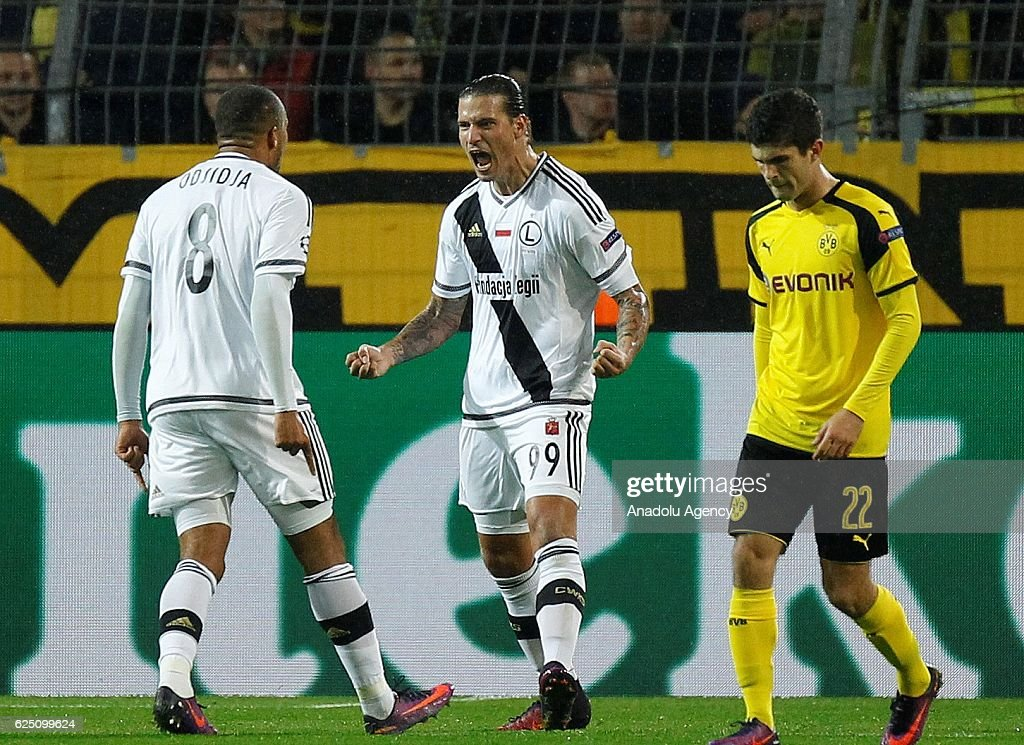 Borussia Dortmund vs Legia Warsaw: UEFA Champions League : News Photo