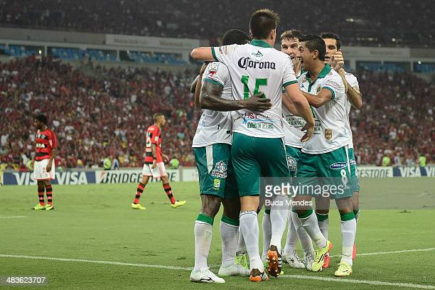 Players of Leon celebrate a scored goal against Flamengo during a match between Flamengo and Leon as part of Copa Bridgestone Libertadores 2014 at...