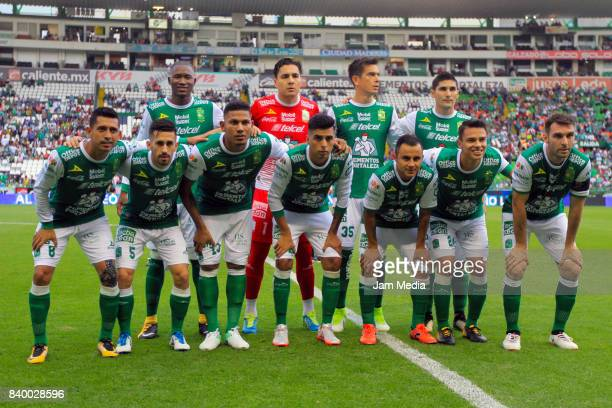 Players of Leon pose prior seventh round match between Leon and Santos Laguna as part of the Torneo Apertura 2017 Liga MX at Leon Stadium on August...