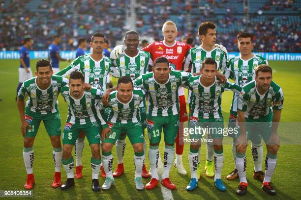 Players of Leon pose prior the 3rd round match between Cruz Azul and Leon as part of the Torneo Clausura 2018 Liga MX at Azul Stadium on January 20...