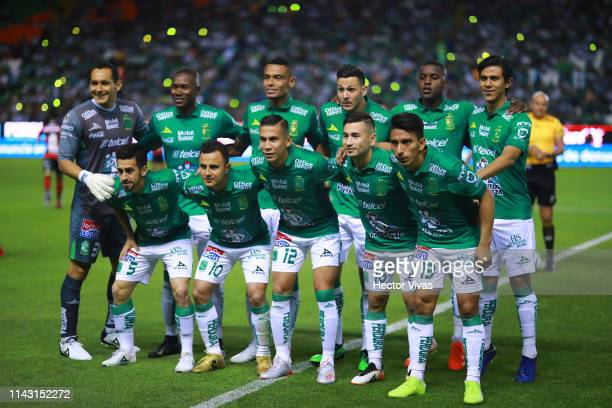 Players of Leon pose prior the quarterfinals second leg match between Leon and Tijuana as part of the Torneo Clausura 2019 Liga MX at Leon Stadium on...
