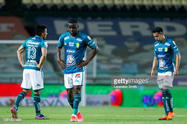 Players of Leon react after the 8th round match between Leon and Cruz Azul as part of the Torneo Guard1anes 2021 Liga MX at Leon Stadium on February...