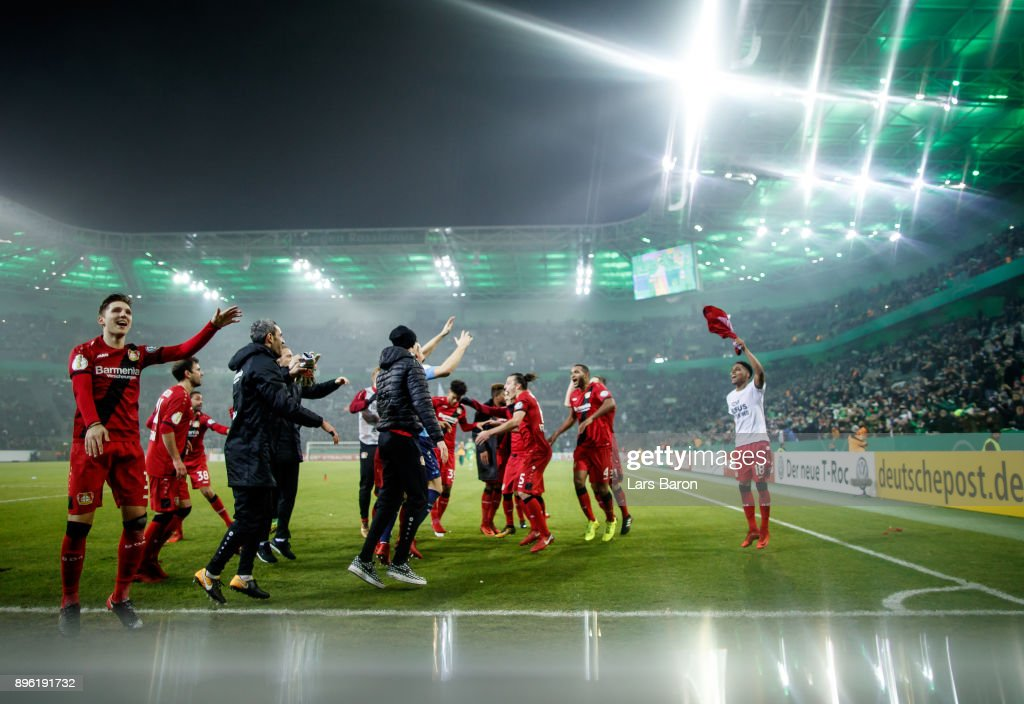 Players of Leverkusen celebrate after winning the DFB Cup match between Borussia Moenchengladbach and Bayer Leverkusen at Borussia-Park on December 20, 2017 in Moenchengladbach, Germany.