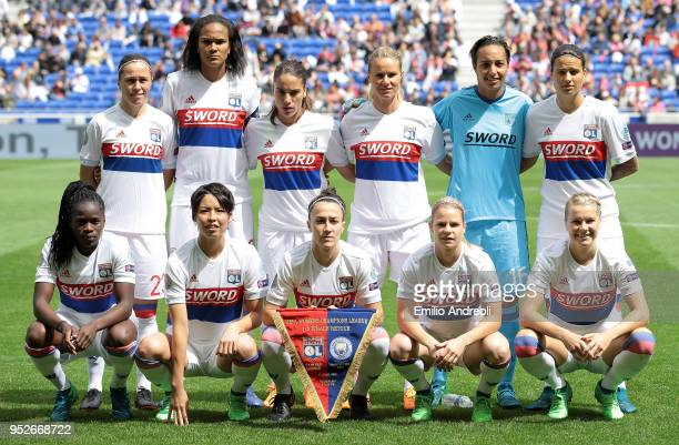Players of Lyon pose for a team photo prior to the UEFA Women's Champions League Semi Final Second Leg match between Olympique Lyonnais and...