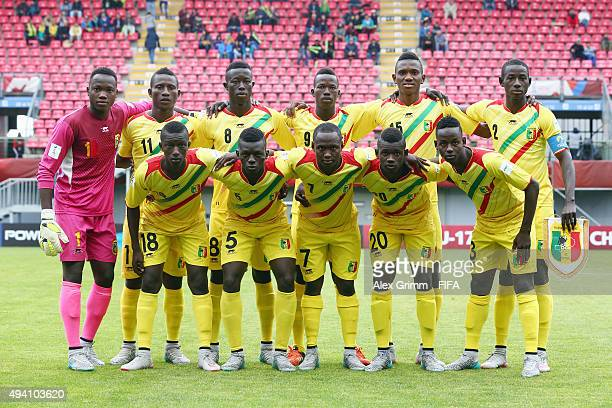 Players of Mali pose for a team photo prior to the FIFA U17 World Cup Chile 2015 Group D match between Mali and Honduras at Estadio Nelson Oyarzun...