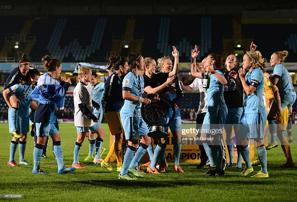Arsenal Ladies v Manchester City Ladies: Continental Cup Final : News Photo
