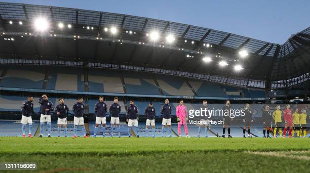 Players of Manchester City line up ahead of the UEFA Champions League Quarter Final match between Manchester City and Borussia Dortmund at Manchester...